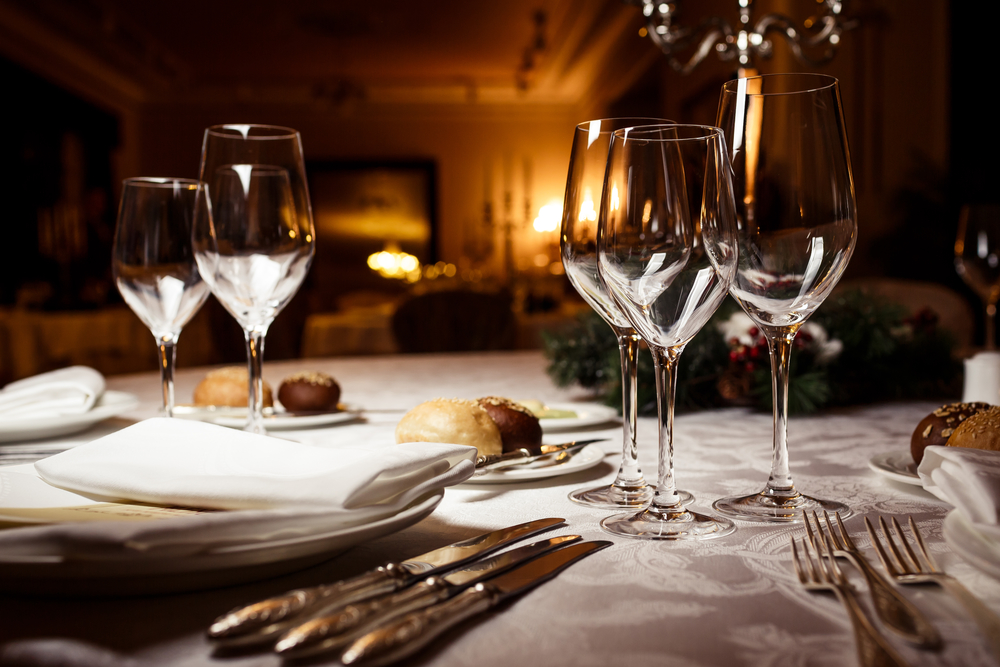 5 Incredible Benefits of Outsourcing Your Restaurant Linens