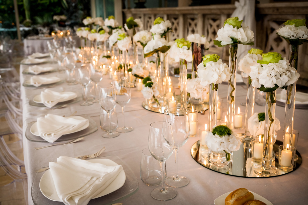 Your Complete Guide To Ordering Wedding Linens