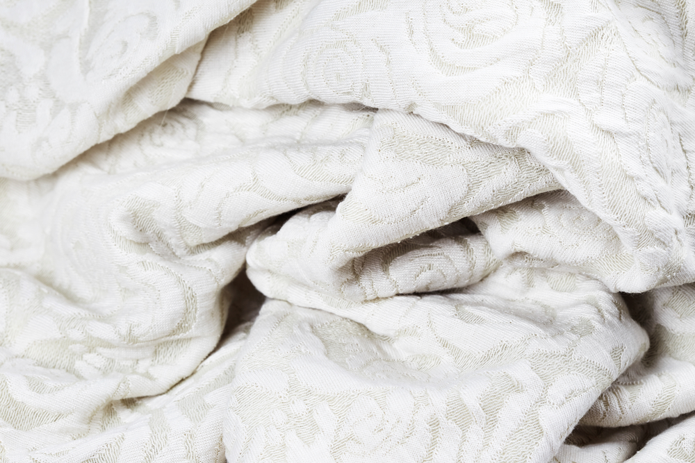 Commercial Linens: Polyester vs Cotton