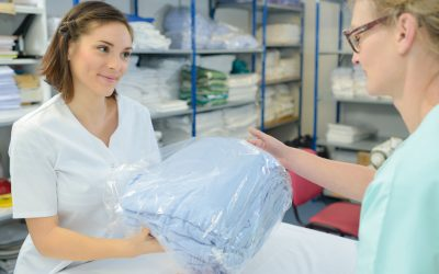 Reusable or Disposable Linens: Which is Better?