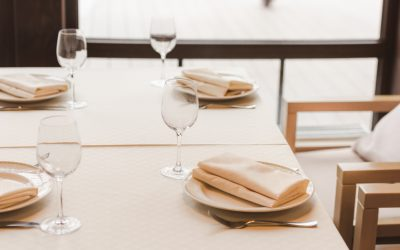How Can Cloth Table Linens Improve Restaurant Aesthetics?
