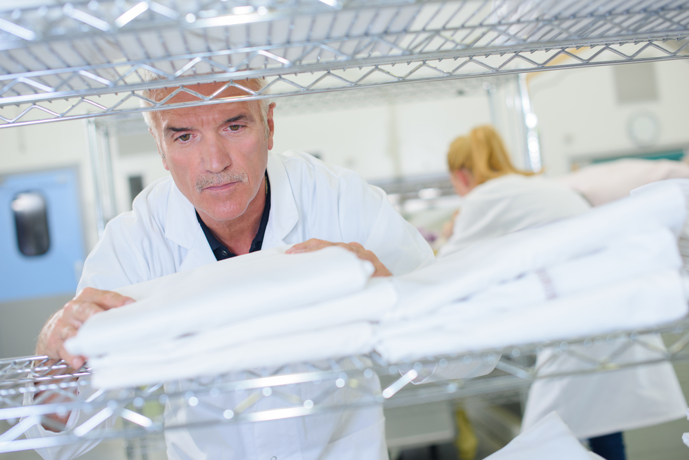 4 Reasons to Outsource Healthcare Linen Management
